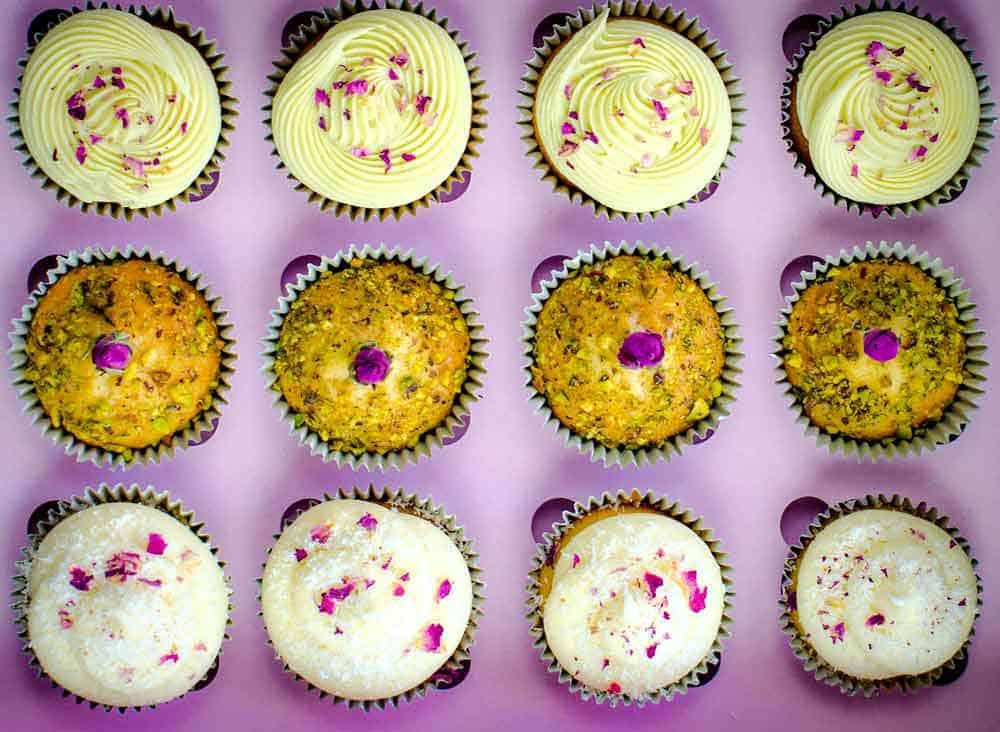 Delicate Assorted cupcake box